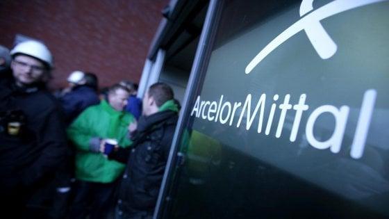 Coronavirus, primo caso sospettto nello stabilimento Arcelor Mittal: sanificato un edificio